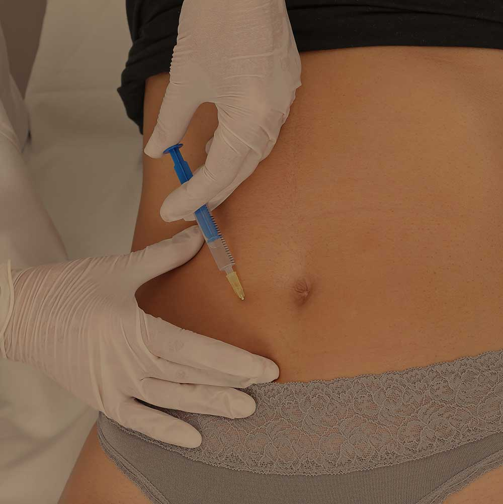 woman receiving lipotropics injection